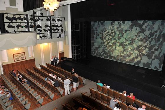 Театр комедии акимова
