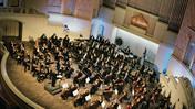 Симфонический оркестр Московской филармонии. Дирижер Димитрис Ботинис. Солист Алексей Чернов (фортепиано)